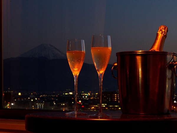 【記念日】夜景と鉄板焼ディナーを楽しむ〈3大特典付〉記念日旅行プラン