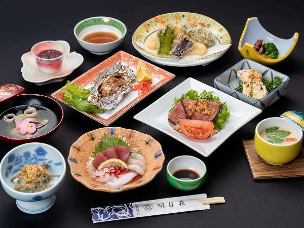*【夕食/一例】旬の新鮮な素材を使ったミニ会席