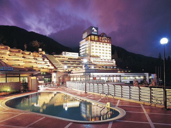 下呂温泉 ホテルくさかべアルメリアの外観