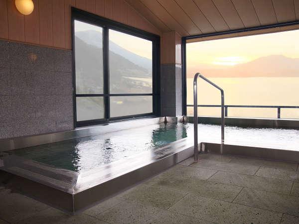 【最上階展望風呂】男女別で女性の内湯(河口湖温泉)です