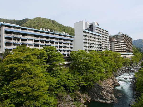 鬼怒川温泉ホテル外観