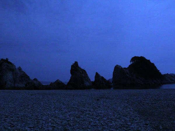 【ガイド付き】国の名勝「浄土ヶ浜」ナイトツアー1泊2食付 ビュッフェプラン