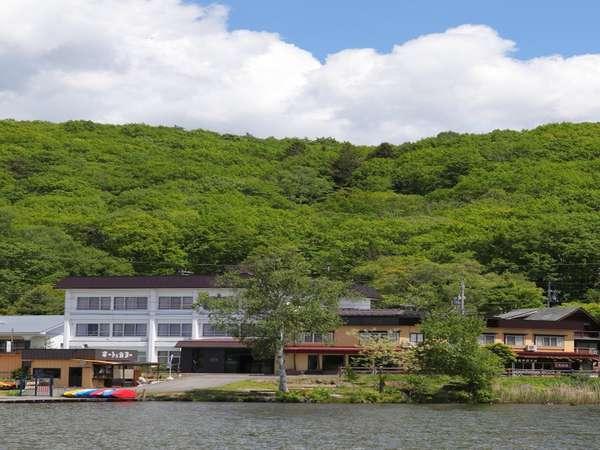 白樺湖畔の温泉宿ホテル君待荘