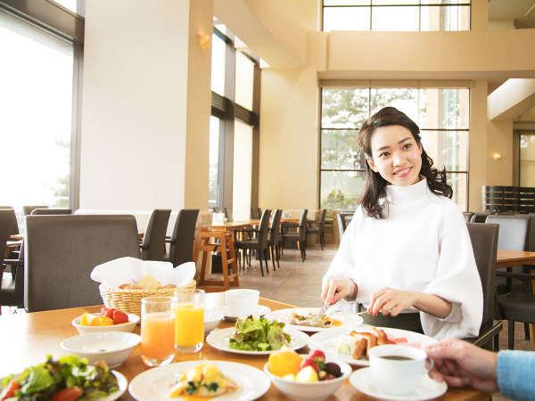 【朝食付】明石海峡大橋を眺める、爽やかな朝食バイキング★「品数豊富」「実演メニュー」で贅沢&ワクワク