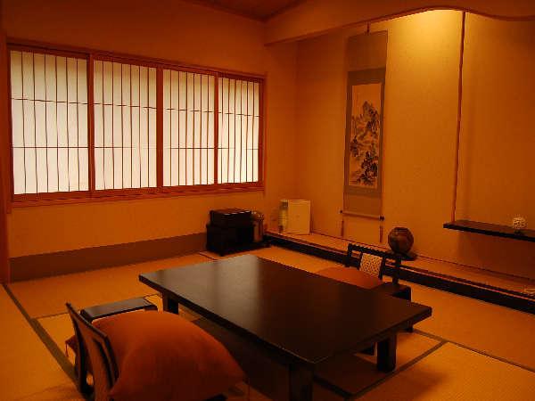 『露天風呂付和室』 高千穂の自然を感じる露天風呂と、和の安らぎ溢れる客室を楽しむ