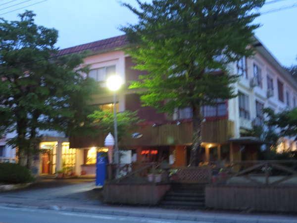 ホテル撫岳荘の外観