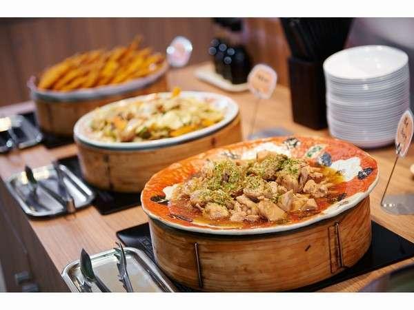 【健康無料朝食】健康に配慮したメニューは日替わりで提供しております。