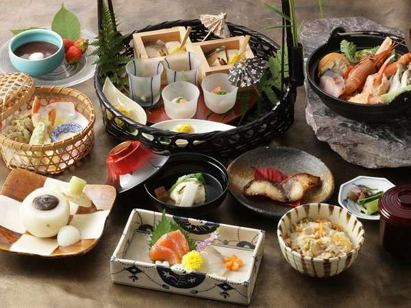 【ディナーセレクション和会席】軽井沢の優雅な休日 日本料理やまぼうしの 『一つ星・季節のメニュー』