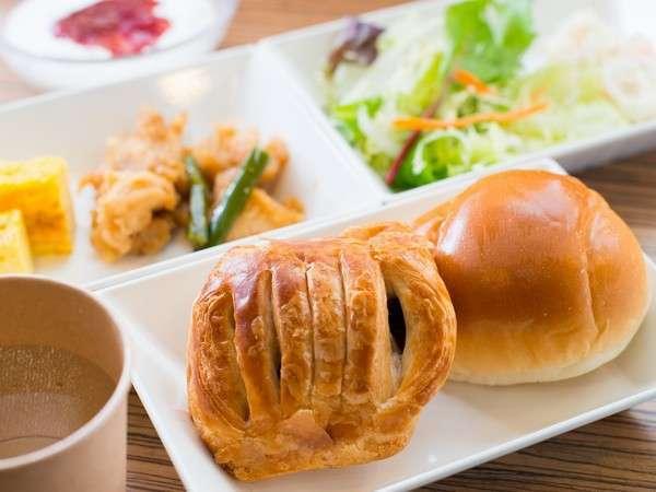 健康朝食バイキング♪パンもございます!