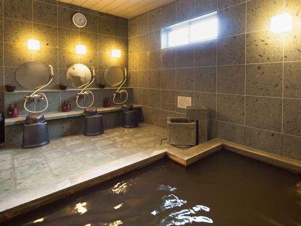 秘湯と呼ばれる「知内温泉(しりうちおんせん)」のお湯でございます。