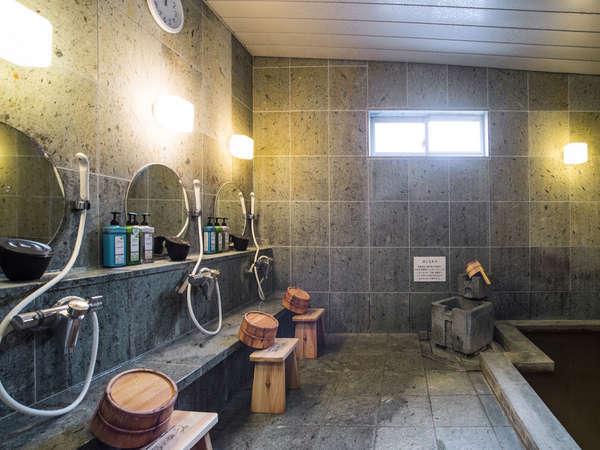 800年の歴史がある、秘湯「知内温泉」を男女入れ替え制でご提供。