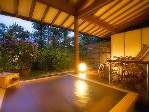 庭園付露天風呂客室<檜風呂タイプ>