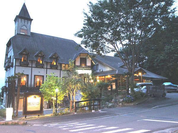 松島プチホテル びすとろアバロンの外観