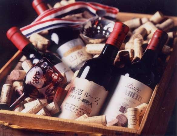 【ワインの一例】山梨県産甲州ワイン取り揃えています。