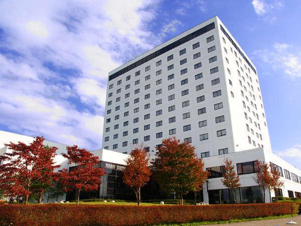 りんどう湖ロイヤルホテルの外観