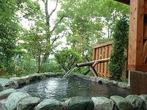 単純温泉で神経痛・リューマチ・五十肩等に効果がある良泉。大浴場には筋に効くうたせ湯も。