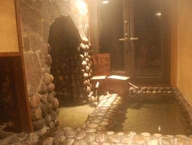 【「ぬる湯洞窟風呂」がアウトまで無限に入り放題】プレミアムプラン
