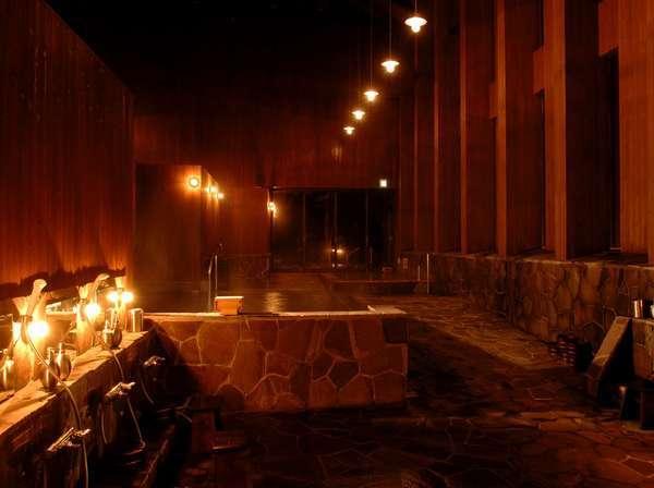 夜の別館浴場神々の湯は神々の名にふさわしい神秘的な雰囲気を味わえます!!