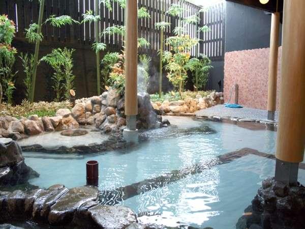 【女性大浴場】湯上りしっとり、ナトリウム塩化物泉のお湯は保湿効果も抜群!