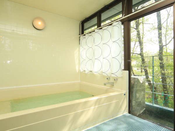 ★ダイナミックな富士山を望めるお風呂。貸切もOKです!