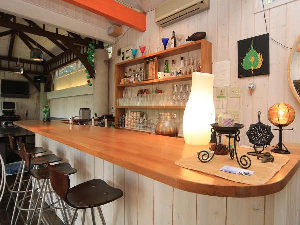 *自由に使える寛ぎのカフェスペース