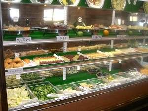 【夕食付・朝食無料】スタンダードプラン(焼肉・寿司・デザートバイキング♪)