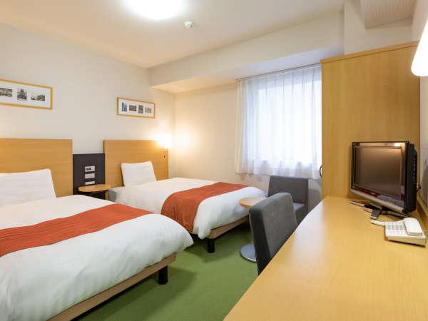 【ツインエコノミー】ベッド幅123センチ◆広さ13平米