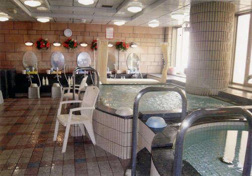 Capsule and Sauna Oriental (Men Only)