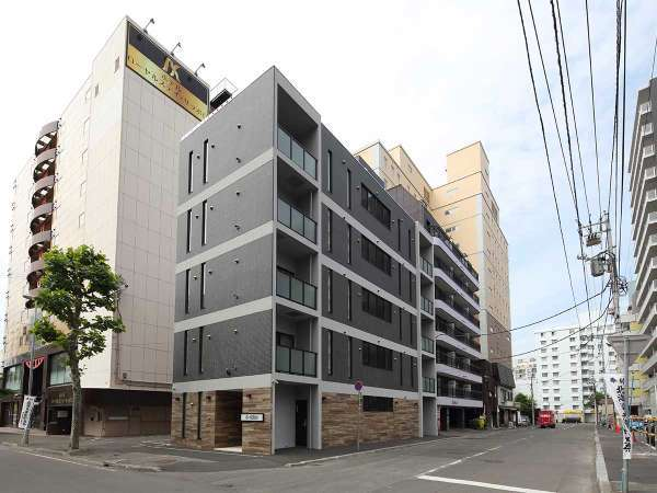 APARTMENT HOTEL THE BASE SAPPORO SUSUKINO