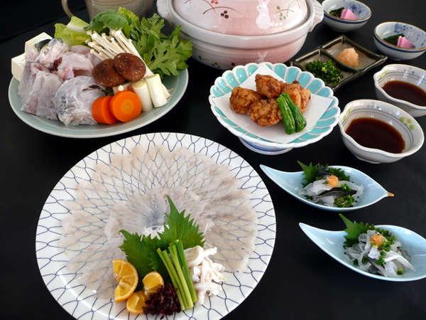 ■夕食(会席)/河豚コースイメージ※写真は4人盛りです。