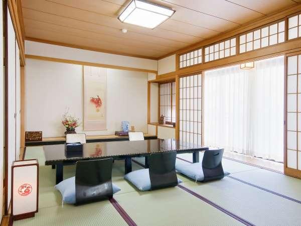 ■和室12畳+12畳/ご家族やグループでゆったりご利用頂けます。