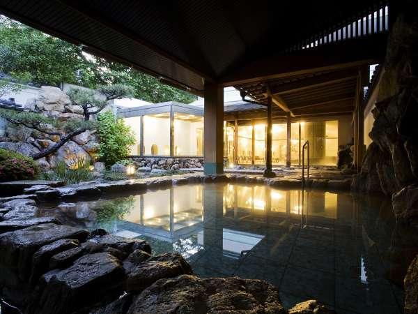 ■露天風呂/のんびりと道後の湯を楽しんで下さい