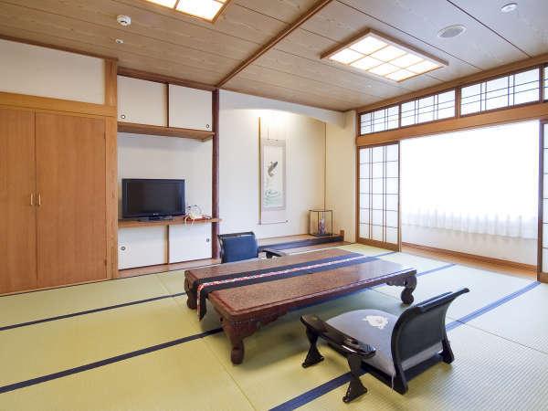 ■檜風呂付特別室/ワンランク上のお部屋でゆったりおくつろぎください。