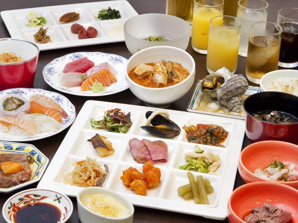 ■夕食(ハ゛イキンク゛)/約50種類の和洋メニューをたっぷり召し上がれ!
