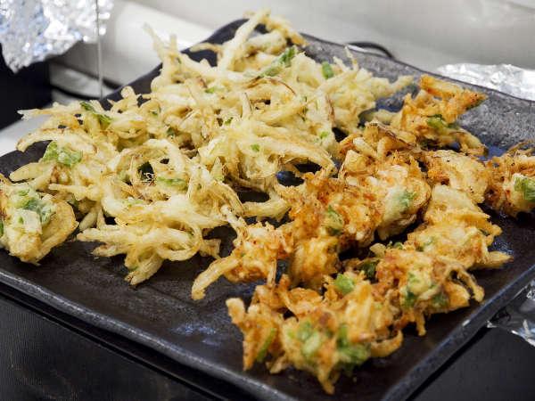 ■夕食(ハ゛イキンク゛)/揚げたてのかき揚げは、サクサク食感が絶品!