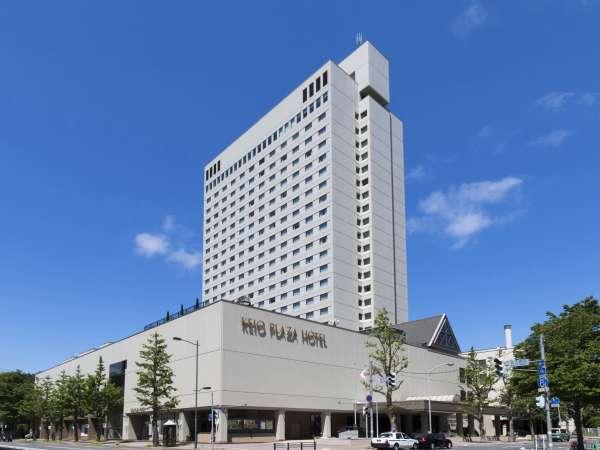 観光やビジネスでもアクセスしやすく好立地な高層シティホテル