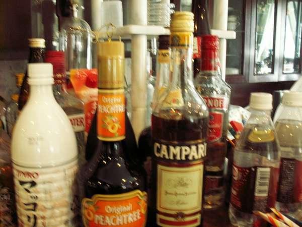 ワイン・地ビール・酒も色々揃えています。