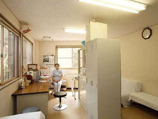 ここならではの湯治相談室があり、看護師がお客様にあった入浴の方法などを教えてくれます