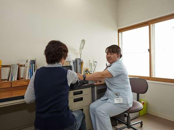 湯治相談室初めての方は、入浴の方法や湯治の仕方等色々と看護士がご相談にお受けいたします。