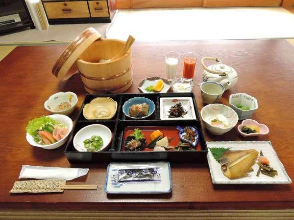 【朝食付き】いつでも@5400円★朝は自家製米や自家製野菜を使った和朝食を召し上がれ♪