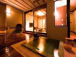 露天風呂付和洋室「浮天-FUTEN-」デッキテラス部分