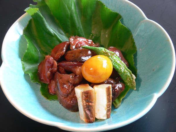 【別注料理】鳥もつ煮◆870円(税込)B級ご当地グルメの祭典でゴールドグランプリを受賞