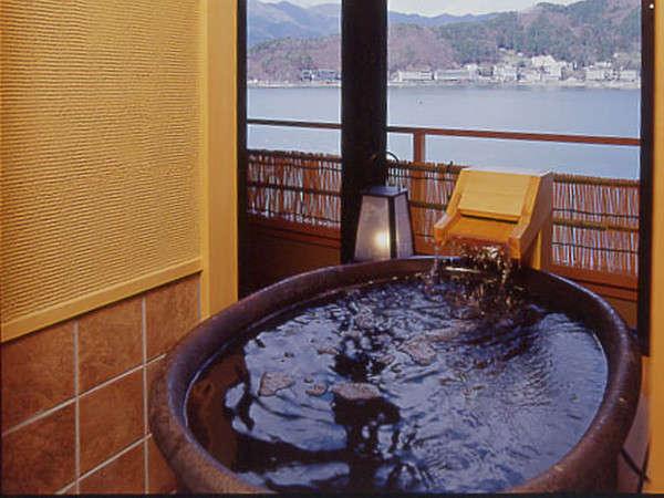 客室露天風呂『信楽焼き』