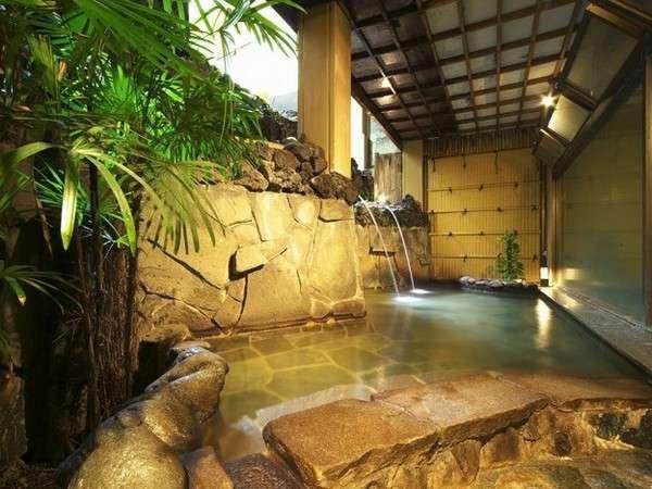 大浴場(サウナ付)「清流の湯」庭園露天風呂