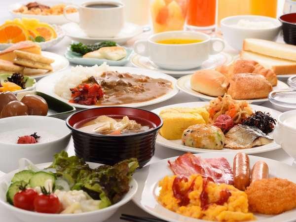郷土料理も楽しめる和洋バイキング朝食