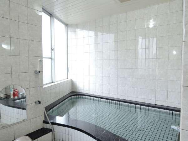 *【大浴場】お風呂は別館と本館で男女入替制でご利用いただきます。
