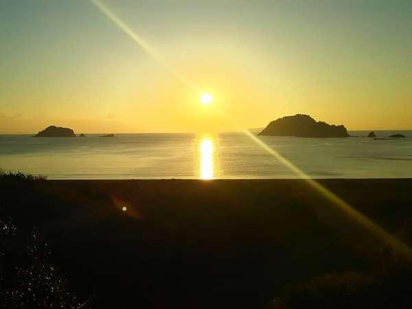 淡島神社の朝日 VIERA(ビエラ4k)のCMのロケ地です。