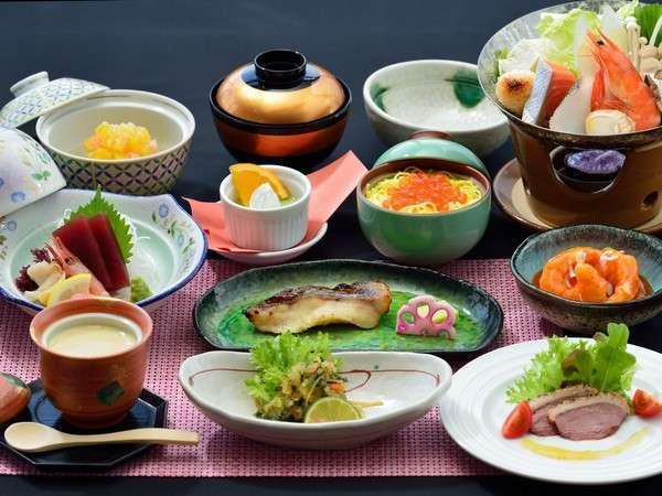 【季節の膳(一例)】食で感じる季節の訪れ。美味しい料理をお楽しみ下さい。