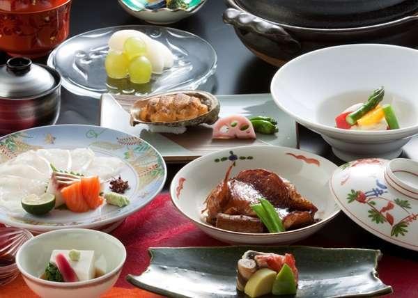☆秋の創作懐石膳☆雲丹の貝焼き・キンキの煮付けなど北海道の恵みを活かした創作懐石料理♪※イメージ。