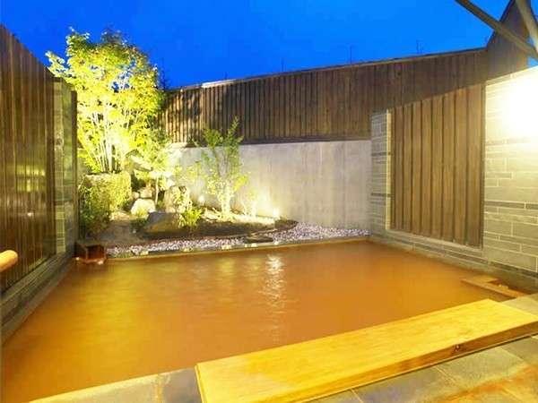 ◆大浴場と同じく「金の湯」の源泉かけ流し!まわりを気にせずゆっくり浸かれます!